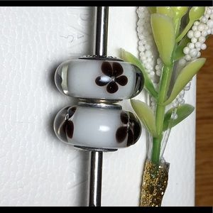 White theme with flowers Pandora Charms